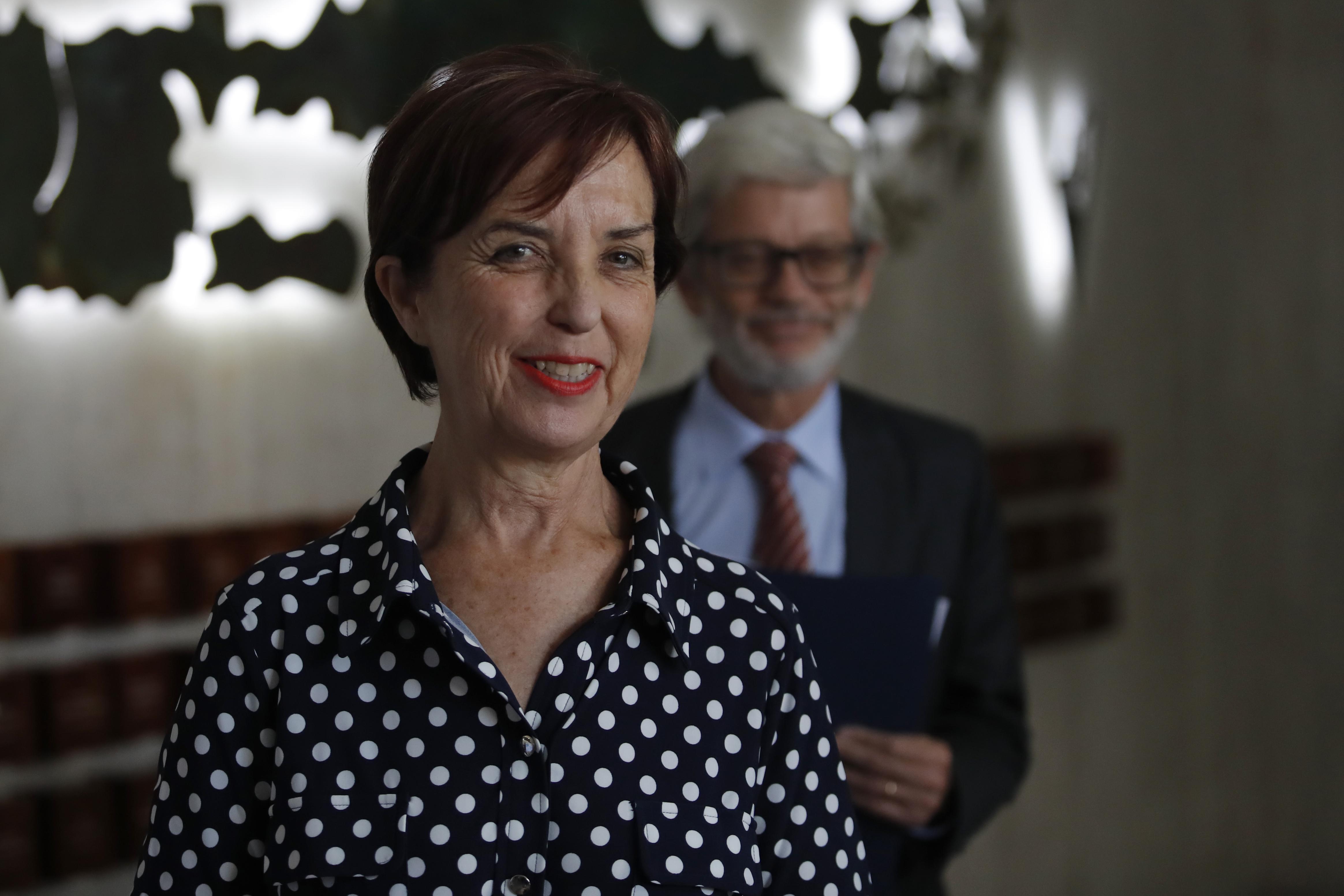 """""""Frente Amplio evalúa apoyar interpelación a ministra de Transportes por licitación del Transantiago"""""""