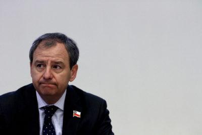 """Ministro Varela anuncia creación de """"comisión de mujeres"""" para afrontar demandas feministas"""