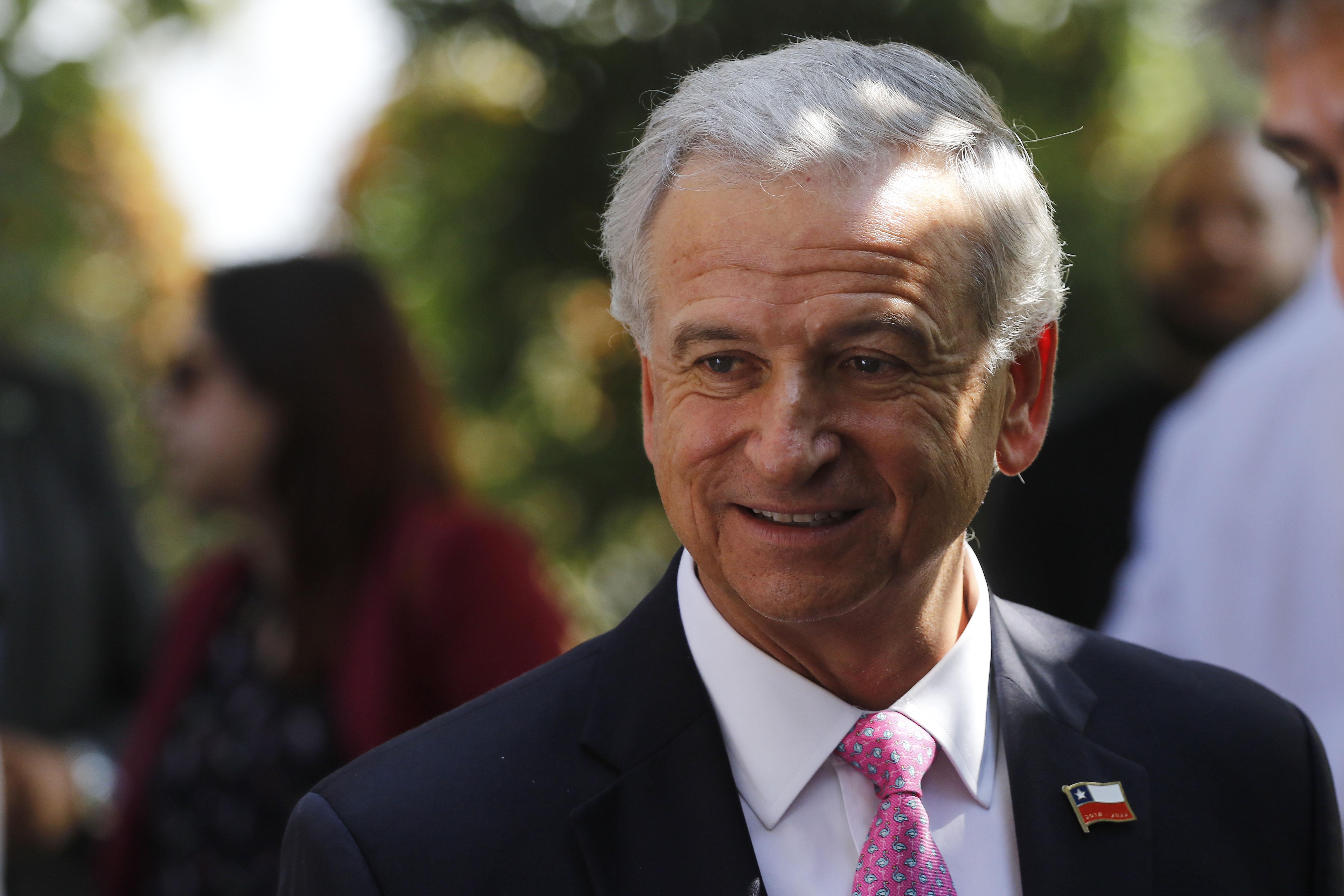 """""""Hacienda anuncia ajuste fiscal para los cuatro años de Gobierno"""""""