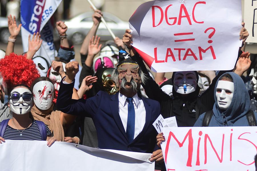 LATAM extiende medidas preventivas hasta el 25 de abril