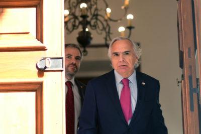Andrés Chadwick llama a respaldar cambios a Ley Antiterrorista tras nuevo ataque incendiario en La Araucanía