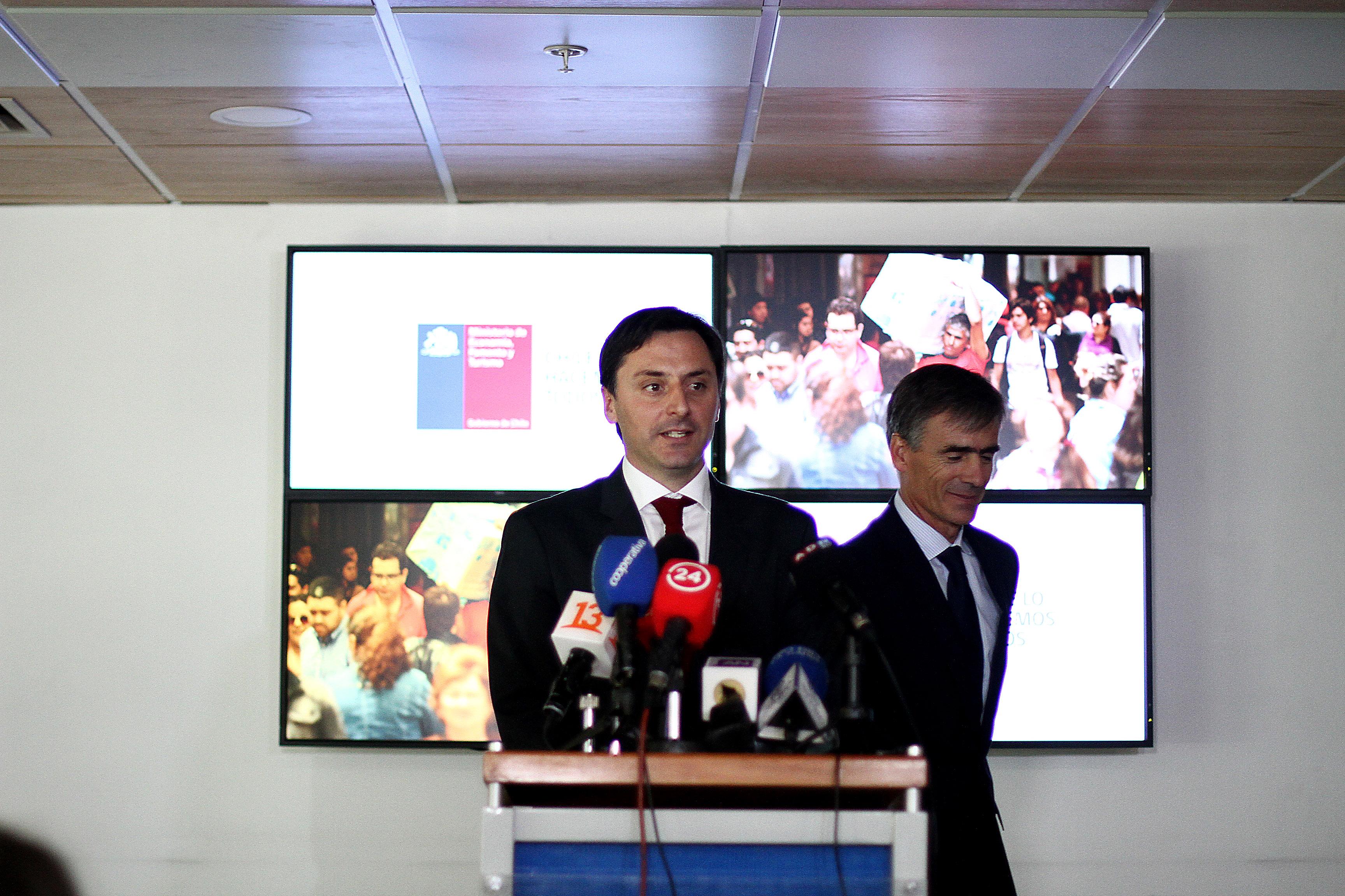 Lucas del Villar es designado nuevo director del Sernac