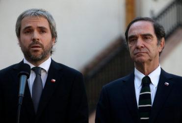 Oposición buscará interpelar a ministro Larraín por retiro de proyecto que compensaba a víctimas de la dictadura