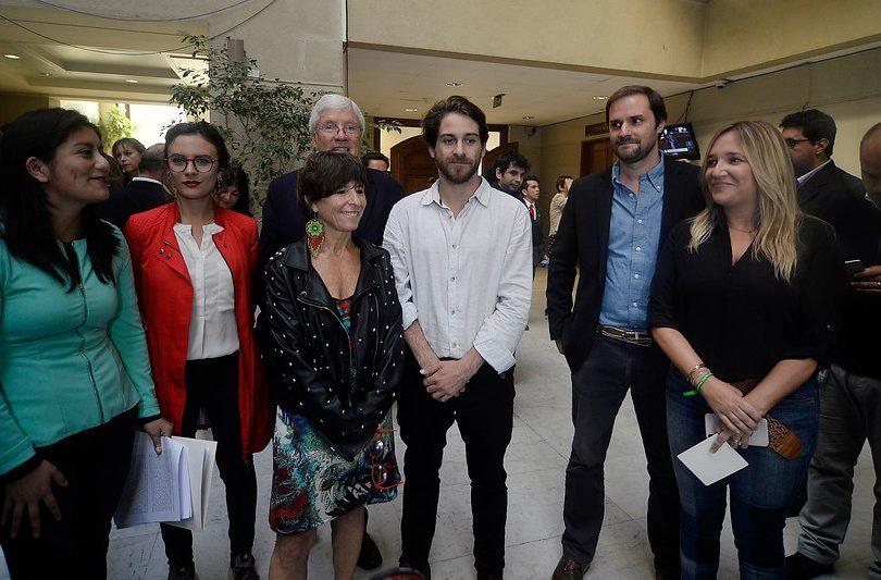 El PS arremetió contra el Frente Amplio por comisión investigadora del CAE