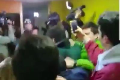 VIDEO | José Antonio Kast revive su peor pesadilla y recibe nueva funa durante charla en Temuco