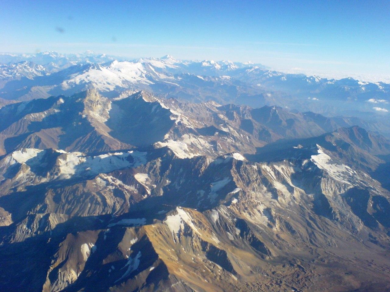 """""""Científicos logran determinar que la nieve de la Cordillera de Los Andes es tan limpia como la del Ártico canadiense"""""""