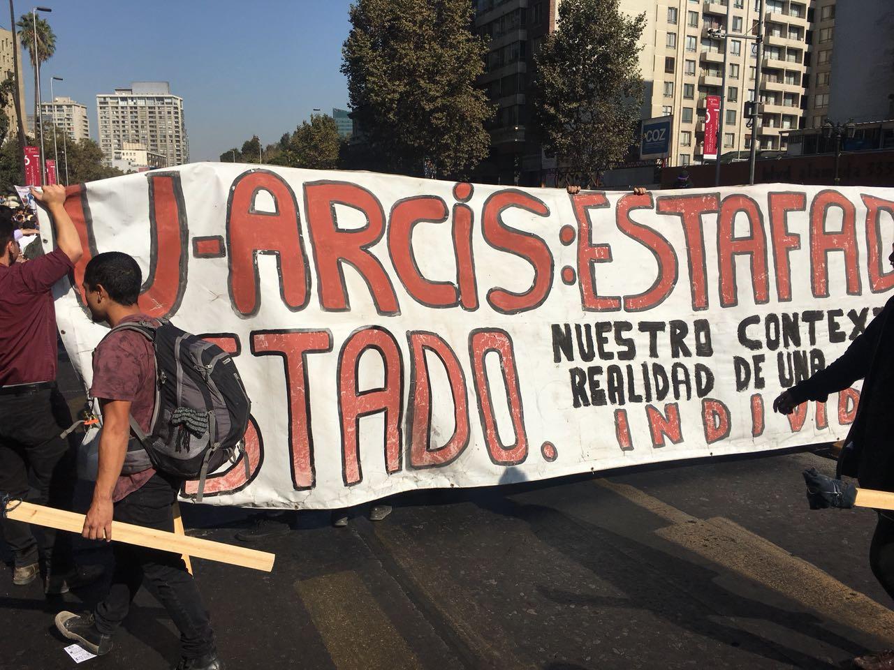 """""""Alumnos de U. Arcis en alerta: podrían perder el CAE debido a retrasos en inicio de año académico"""""""