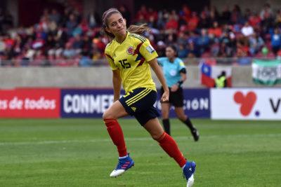 Jugadora de Colombia pone como ejemplo a Arturo Vidal y le llueven las críticas