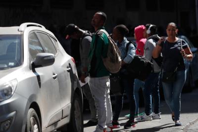 """Proyecto de ley de migraciones: Expulsar a """"agitadores"""" y acallar a trabajadores"""
