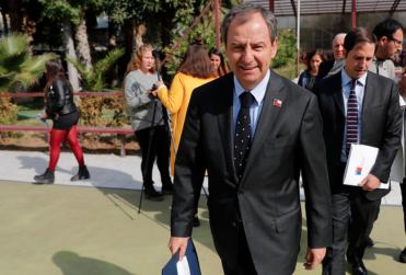 "FOTO | ""Para conservadores doble estándar"": Durex lanza comentada campaña publicitaria burlándose del ministro Varela"
