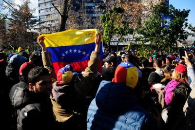 Comienza exigencia de visa consular a turistas venezolanos