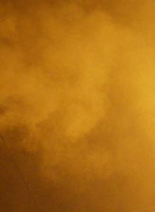 """Preemergencia ambiental: seremi culpó a los """"cientos de hogares"""" que encendieron sus chimeneas el domingo"""