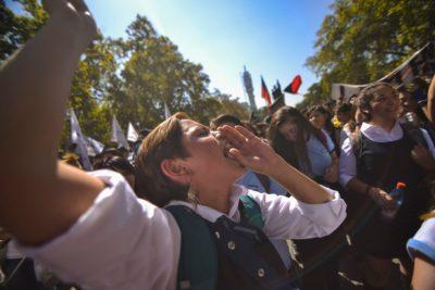 Intendencia confirma marcha de Cones en Recoleta a pesar del rechazo de estudiantes
