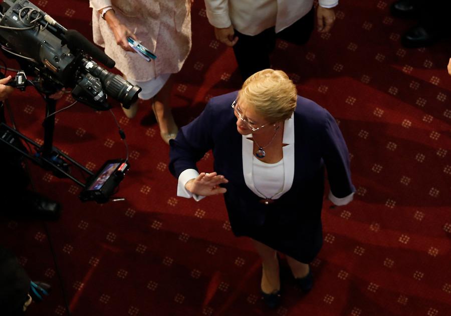 """""""Michelle Bachelet convoca a reunión con sus ex ministros a días de la Cuenta Pública"""""""