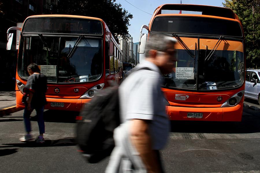 Bus del Transantiago choca a triciclo y deja un menor y dos adultos fallecidos