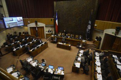 Asesorías externas: senadores han publicado informes solo de 2018 tras nueva norma