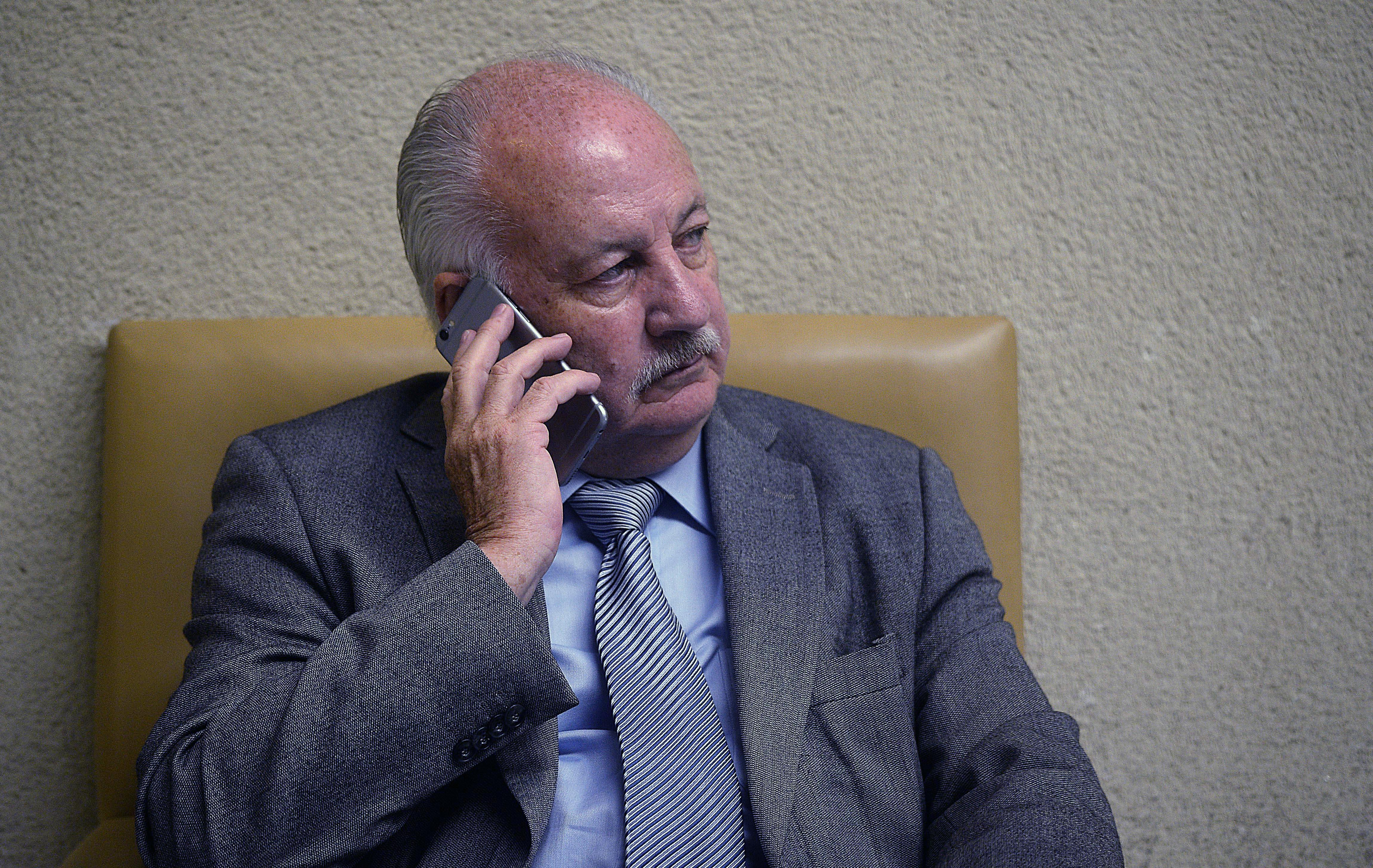 Defensa de Guillermo Teillier solicita su sobreseimiento por venta inmobiliaria del PC