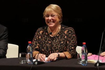 """Michelle Bachelet: """"Hicimos reformas porque eran necesarias, no por gusto"""""""