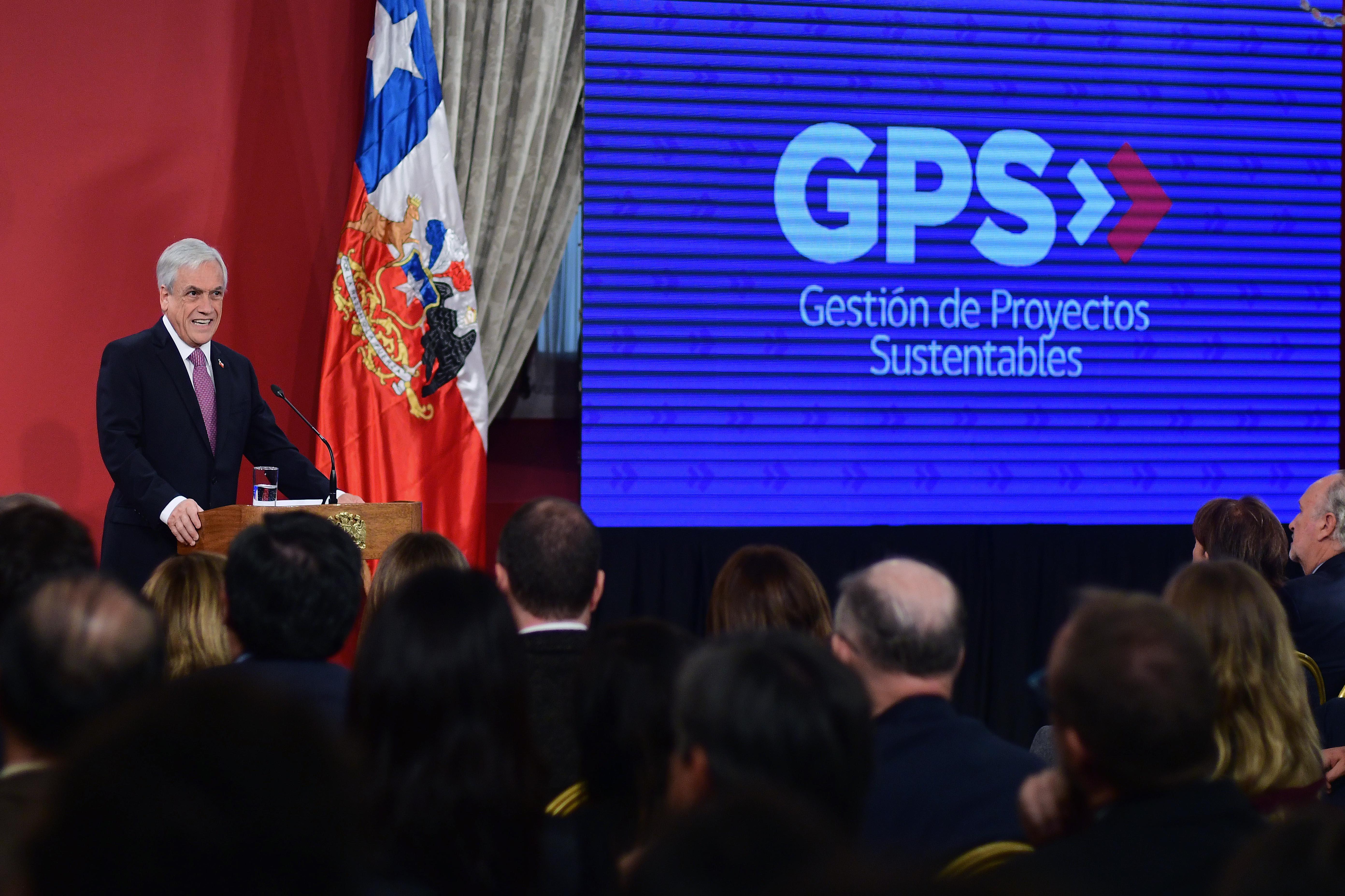 Piñera lanza agenda pro inversión y anuncia una Oficina de Gestión de Proyectos Sustentable