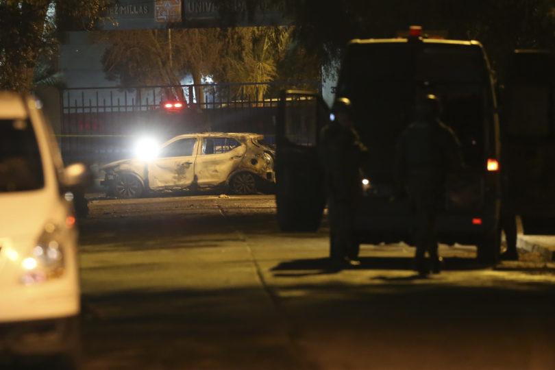 Intendenta de Santiago anuncia querella con diligencias por quema de tres vehículos en Avenida Macul