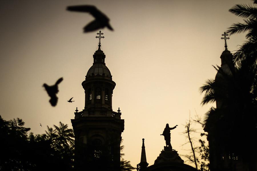 Canciller del Arzobispado de Santiago se autodenuncia por abuso sexual