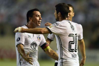 VIDEO | Un histórico Esteban Paredes mantiene con vida a Colo Colo en Libertadores