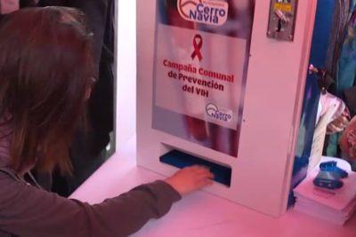 Dispensadores de condones llegan a liceos de Cerro Navia