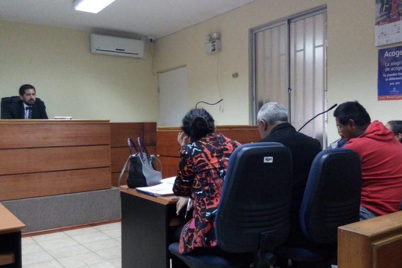 Familiares de menor secuestrada en Licantén estarán detenidos hasta el viernes por tráfico de drogas