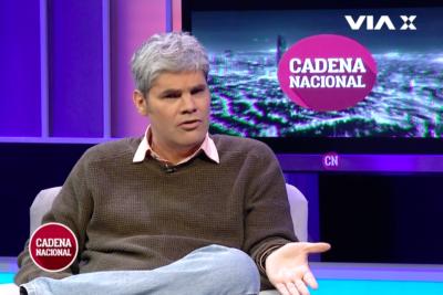 """""""Si con menos es alcaldesa…"""": Juan Cristóbal Guarello postula a Beausejour a la política con mención a Cathy Barriga"""