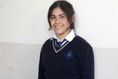 Niña venezolana que llegó hace sólo dos meses ganó concurso de Historia de Chile