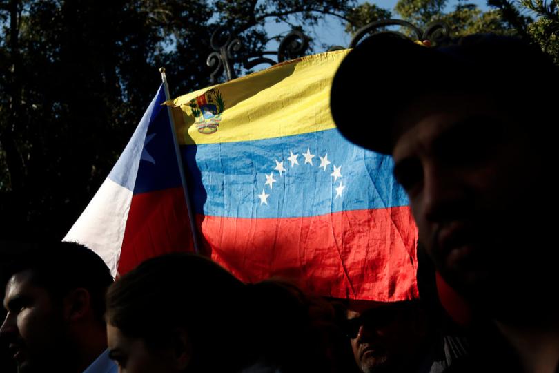 La torpeza de seguir apoyando a Maduro