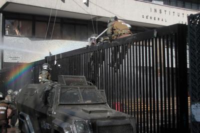 INDH presentará recurso de amparo por víctimas de violencia policial del Instituto Nacional