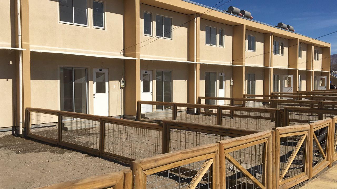 Ministerio de Vivienda y Urbanismo inaugura villa ecosustentable en la región de Atacama