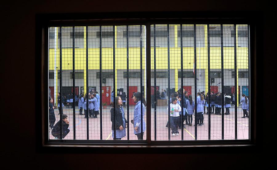 Las burocracias que deben cumplir los directores de colegios en Chile