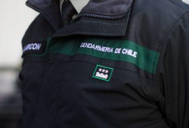 Gendarmes envían últimatum al Gobierno y amenaza con paro nacional si no son recibidos por ministro Larraín