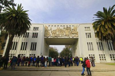 U. de Concepción arrienda colegios para retomar clases tras no llegar a acuerdo con toma feminista