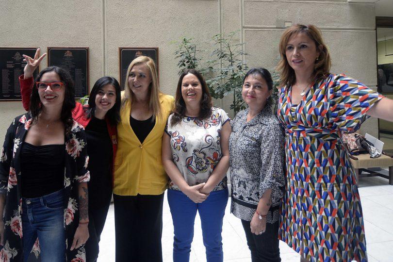 Igualdad salarial consagrada por Constitución: las medidas pro mujer impulsadas por la bancada feminista
