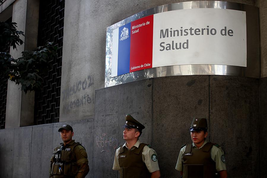 La Moneda presenta nuevo protocolo de objeción de conciencia con guiño a Bachelet