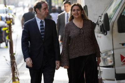 """Directora nacional de Gendarmería responde a críticas: """"No me voy a victimizar por usar falda"""""""
