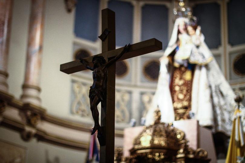 Carabineros allana arzobispado de Santiago y Tribunal Eclesiástico tras detención del ex canciller