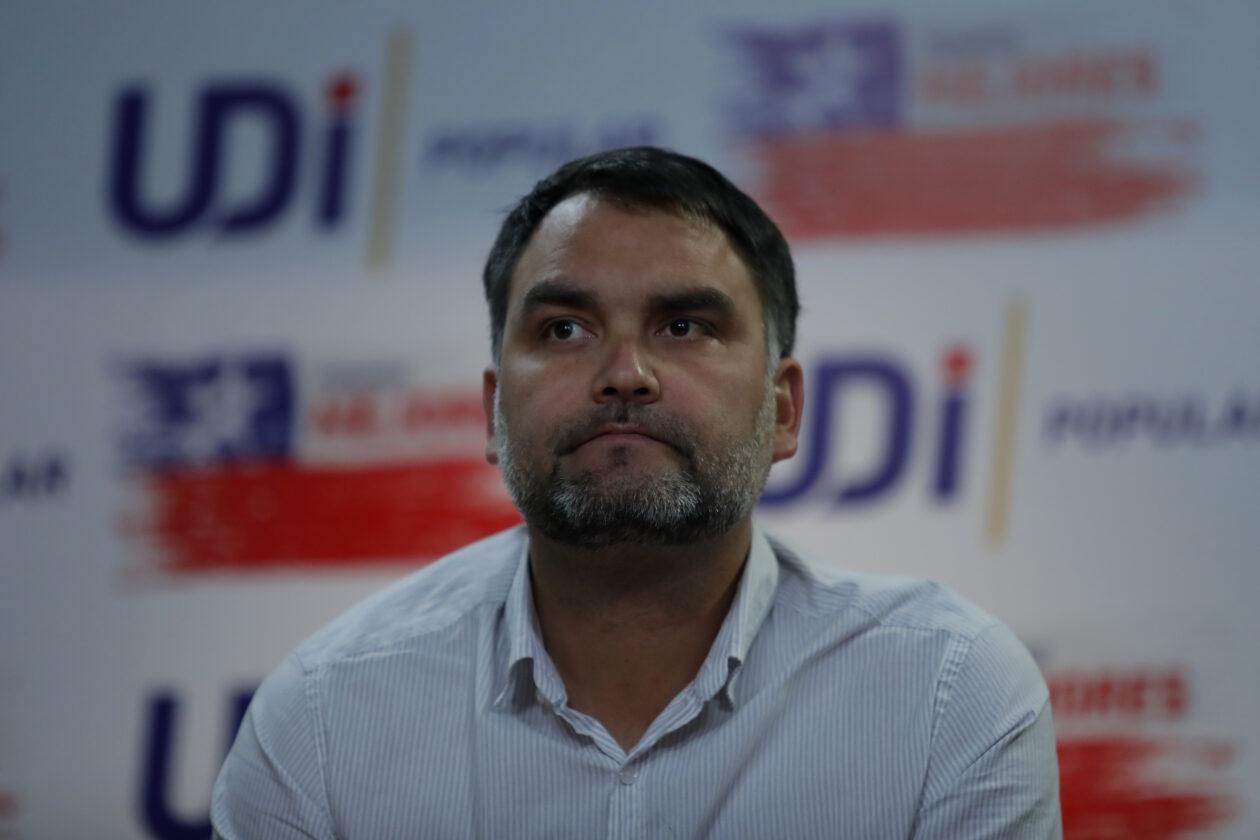El diputado Javier Macaya se impone a Víctor Pérez y es nuevo presidente de la UDI