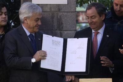 """Varela afirma que nuevo CAE es """"solidario"""" porque cobra 2% de interés y no 5% como los bancos"""