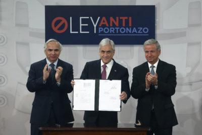Ley Antiportonazo: Sebastián Piñera presenta proyecto que endurece penas por robo de vehículos
