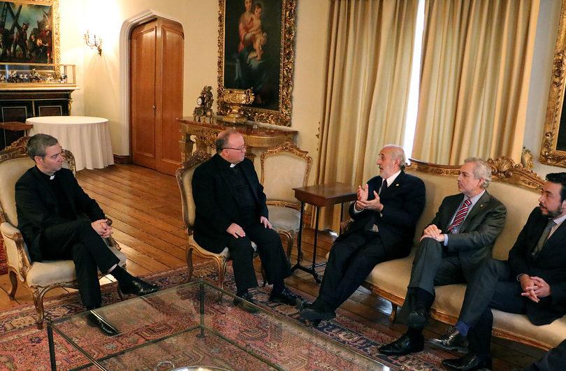 """Jorge Abbott tras cita con Scicluna: """"Si es necesario llamar a declarar a miembros de la Iglesia, tenemos la obligación de hacerlo"""""""