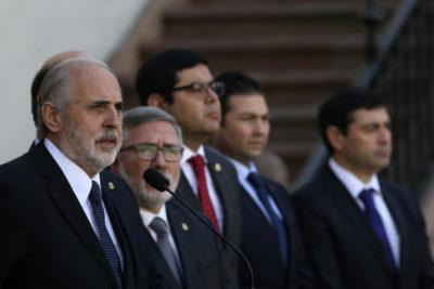 """Jorge Abbot apunta a """"problema de coordinación"""" con Carabineros por patrullajes masivos"""