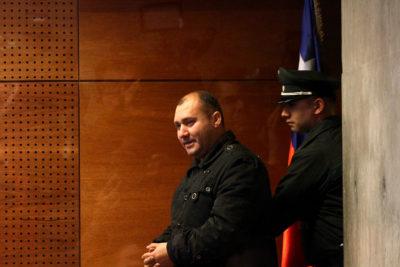 """Gendarme detenido por torturas a detenidos en Santiago I acusa montaje: """"Las víctimas dicen que les salvé la vida"""""""