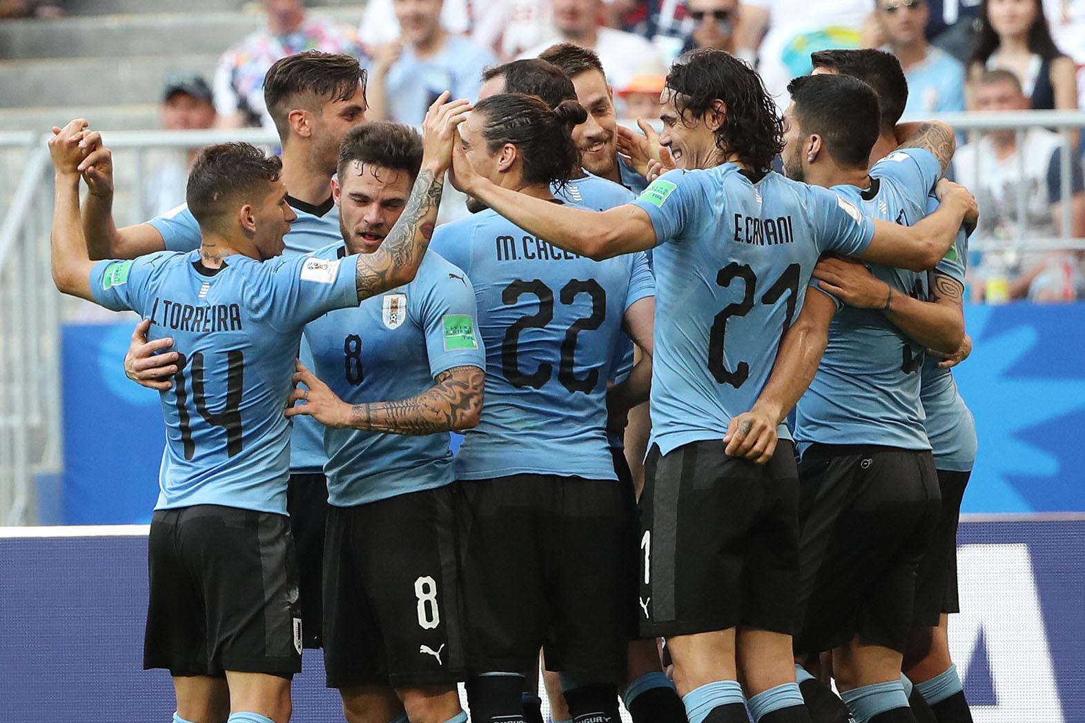 """""""Uruguay lidera el Grupo A tras vencer a Rusia y Pizzi se despide del Mundial sin pena ni gloria"""""""