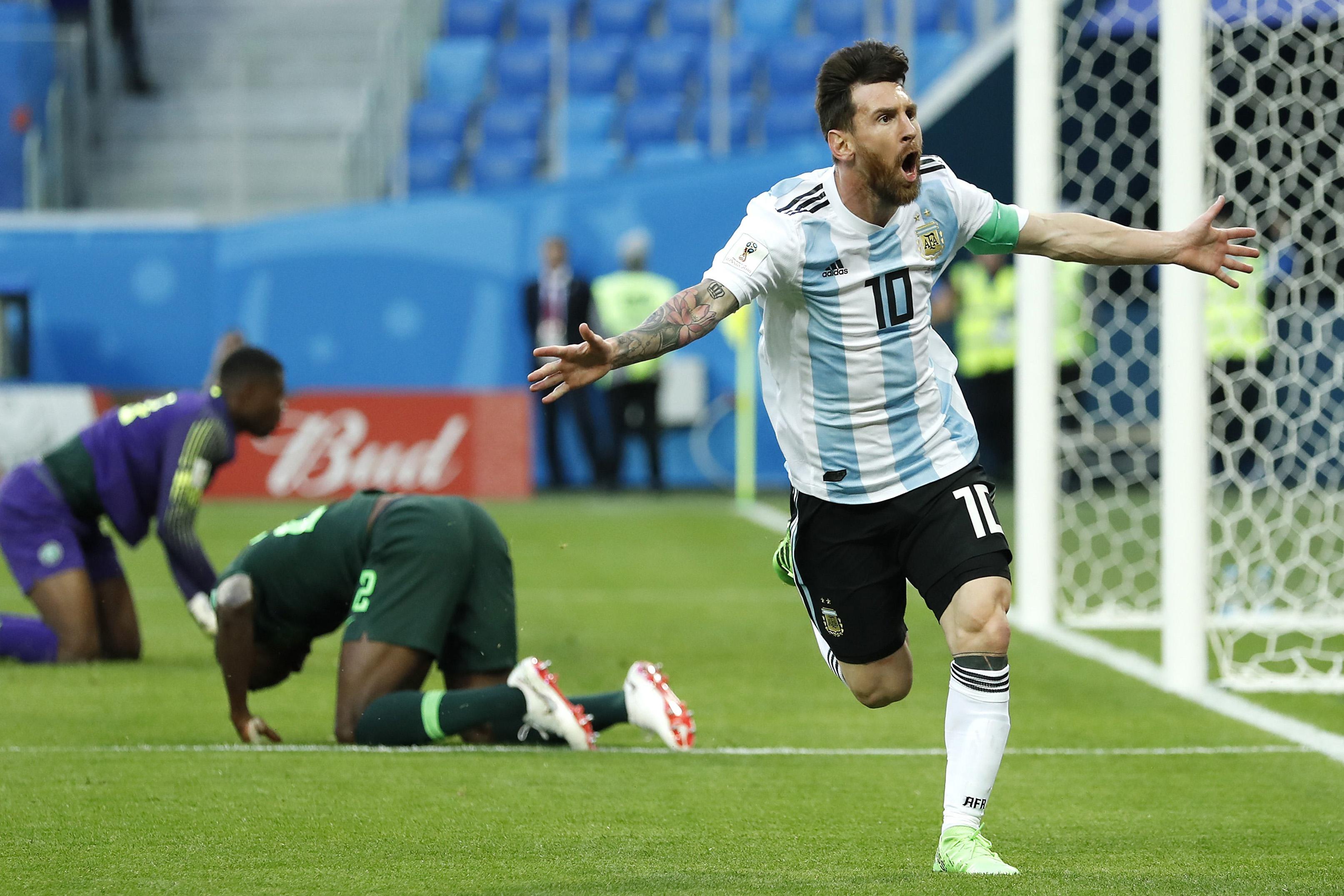 VIDEOS |Argentina estuvo a 5 minutos de la eliminación y celebró triunfo ante Nigeria como final de Mundial