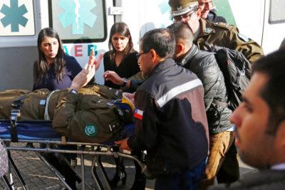 Carabinero resulta herido con adoquín en incidentes por protesta mapuche en La Moneda