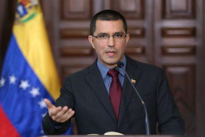 """Canciller de Venezuela: """"Gobierno de Piñera quebró las relaciones con Chile"""""""